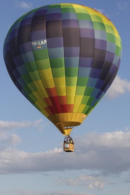 Heißluftballon über der Pfalz