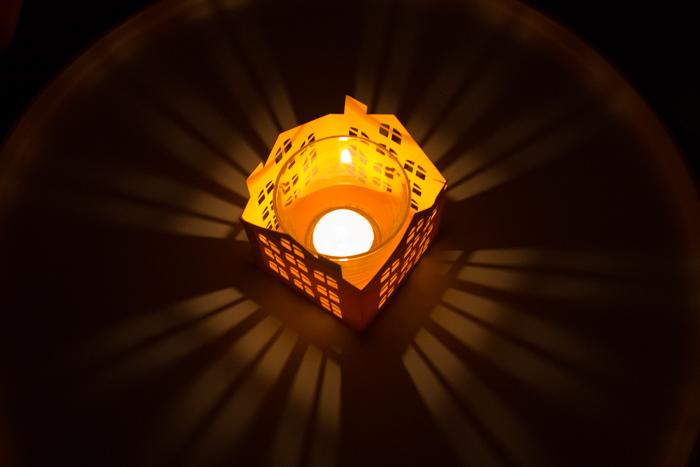Selbsterstellte Grafikdatei, Vektorgrafik und Schneidedatei Silhouette Cameo Freebie Teelicht Windlicht Haus