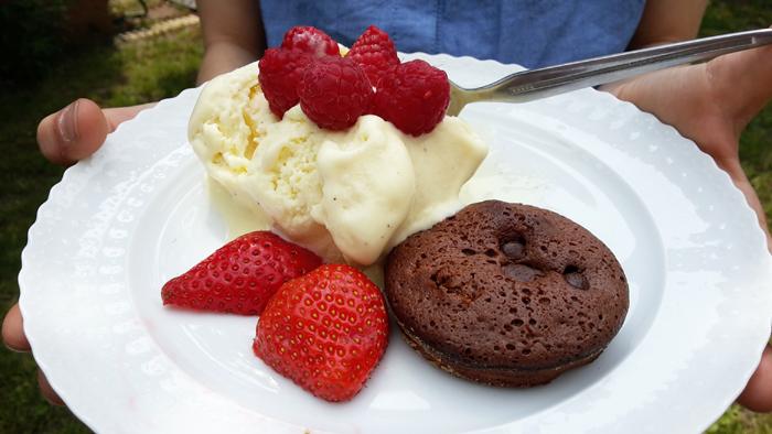 10 Minuten rühren, 10 Minuten backen : kleiner Schokoladenkuchen