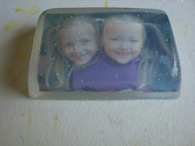 Seife mit persönlichem Foto und Badekugeln selbstgemacht