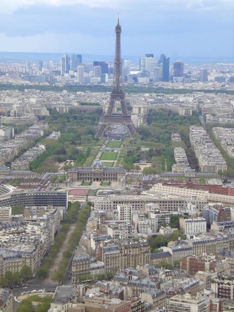 Bon Anniversaire La Tour Eiffel!