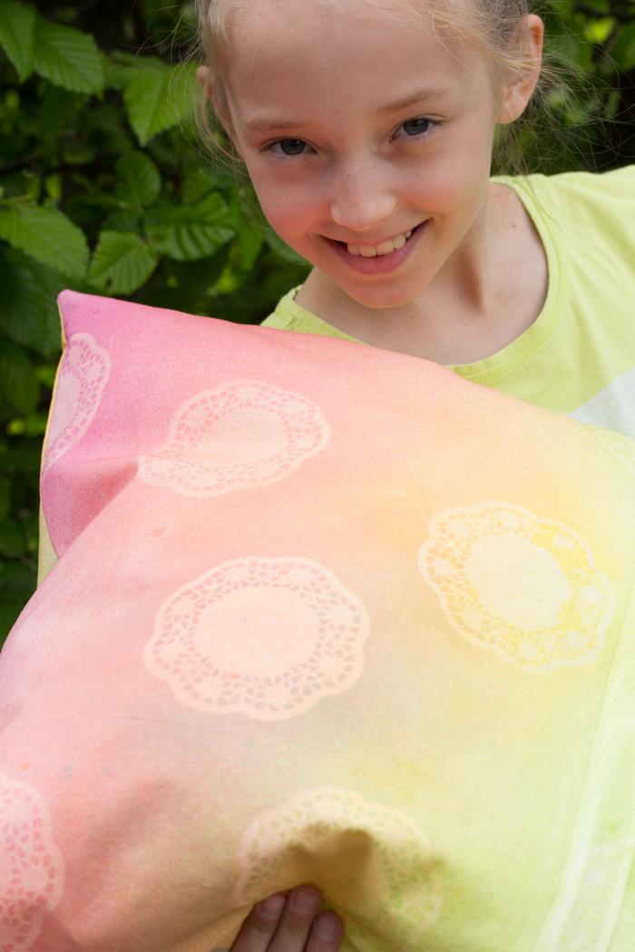 Farbverlauf mit Textilfarben – DIY-Anleitung