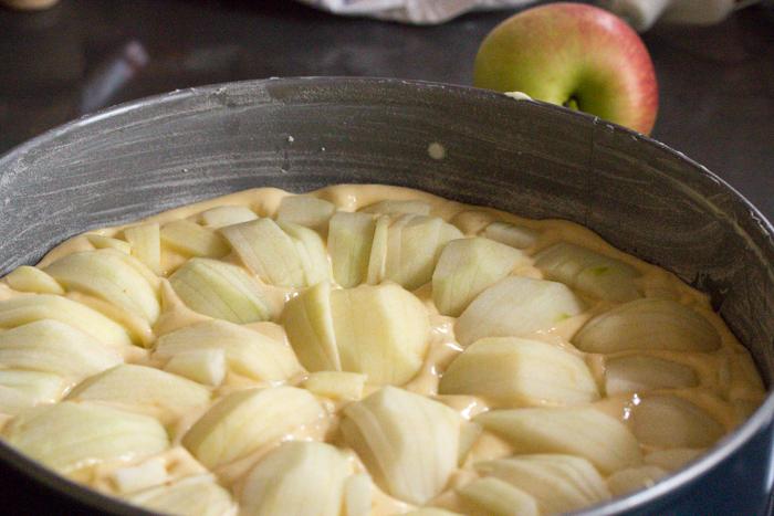 Großmutters Apfelkuchen {Rezept}